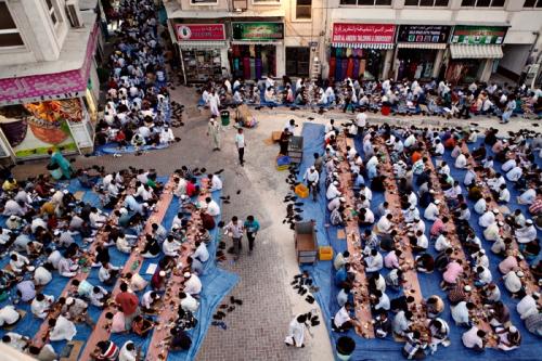 xSDEA010813-ramadan_oldnew33