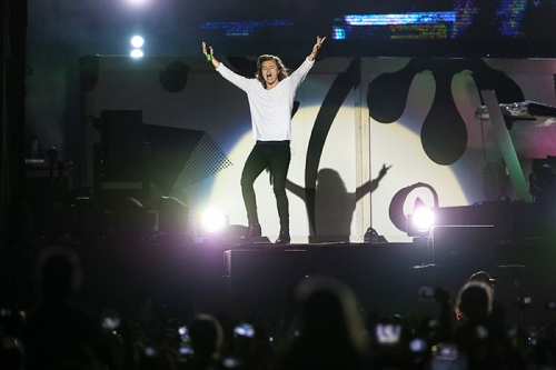 xSDEA040315-onedirection04